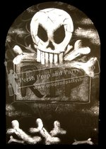 25-Tombstone - R.I.P. with Skull