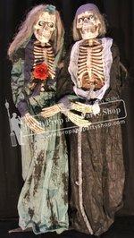 55-Bride & Groom Skeleton